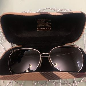 Burberry cat eye shape sunglasses with case